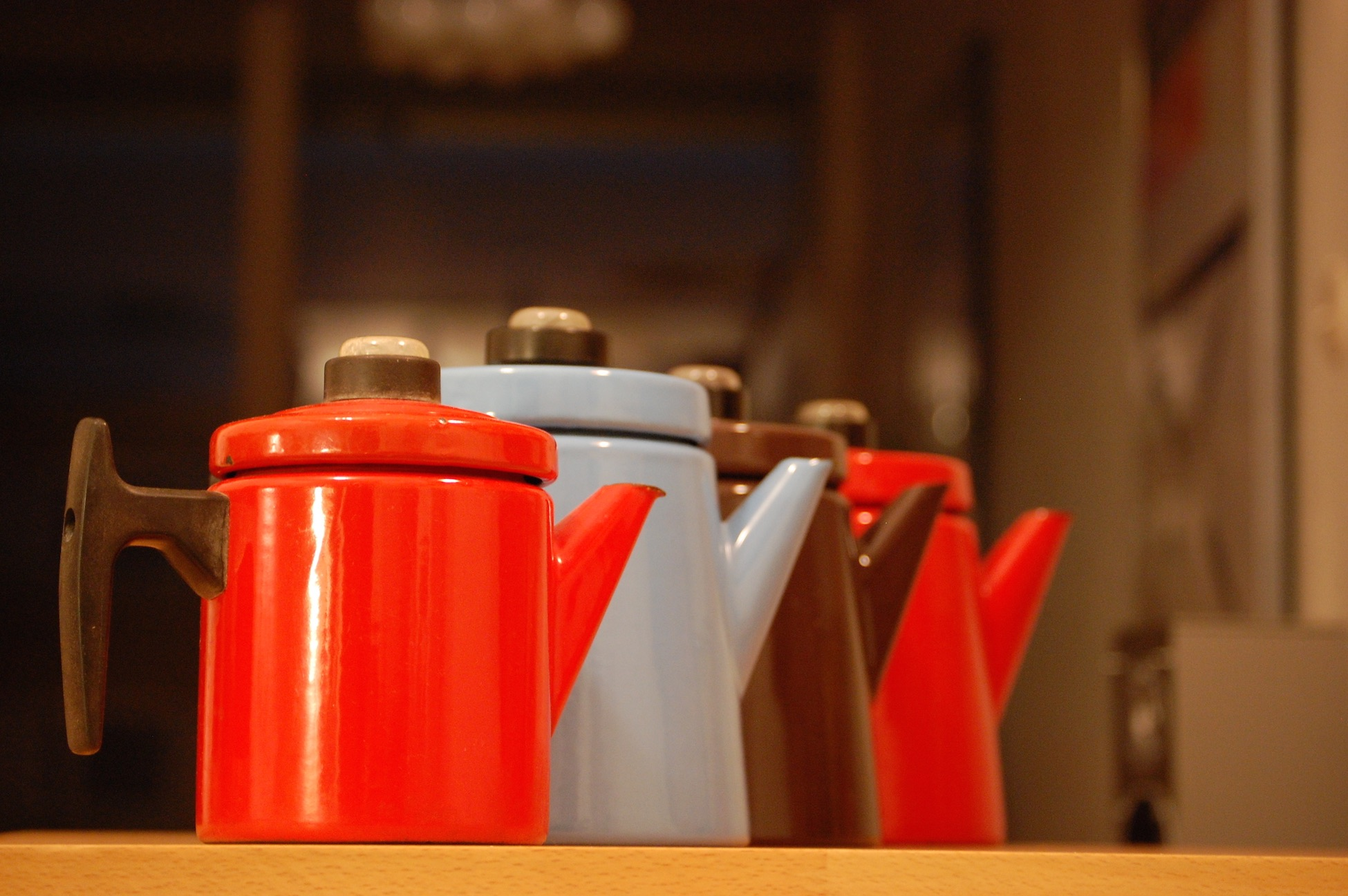 Some different sized and coloured coffee pots by Antti Nurmesniemi, perhaps his most known design.