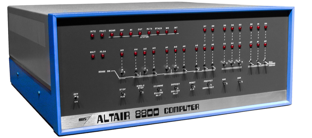 Altair 8800 - Image: Ed Uthman from Houston, TX, USA (CC BY-SA 2.0)