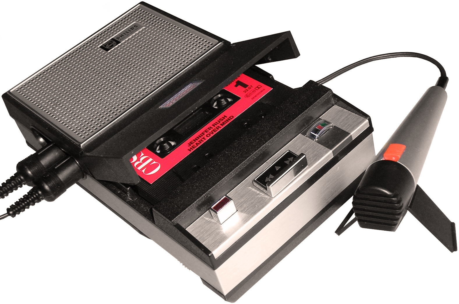 Cassette in a cassette recorder - Image: mib18 at German Wikipedia (CC BY-SA 3.0) (exempted)